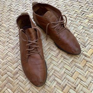 Bass soft leather moccasins with rubber sole